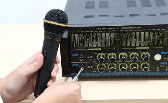 Micro có dây Zenbos MZ-128 hoạt động tốt