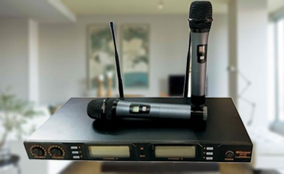 Micro không dây Zenbos MZ-468 có thiết kế đơn giản